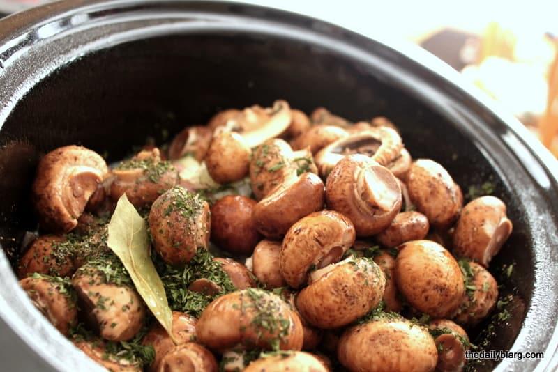 slow cooker chicken mushroom