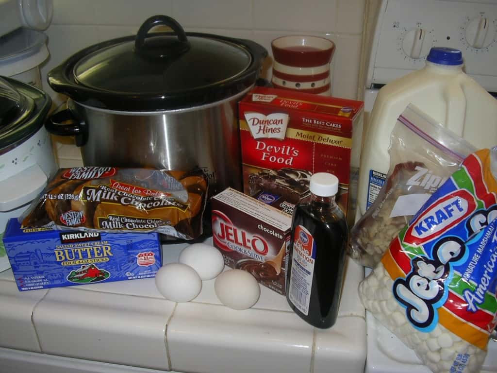 slow cooker Rocky Road Cake