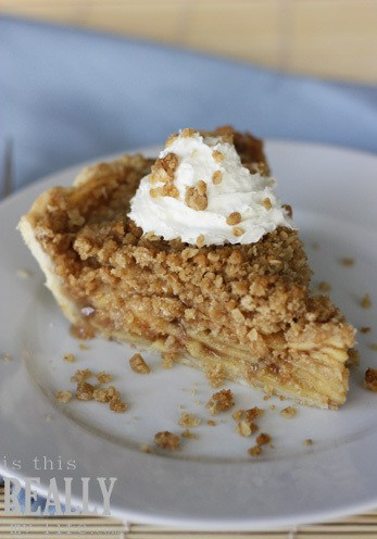 crunchy crumble apple pie