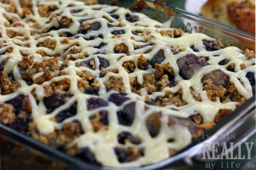 Rhodes cinnamon blueberry crumble