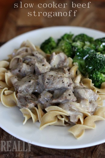how to cook beef stroganoff in a slow cooker