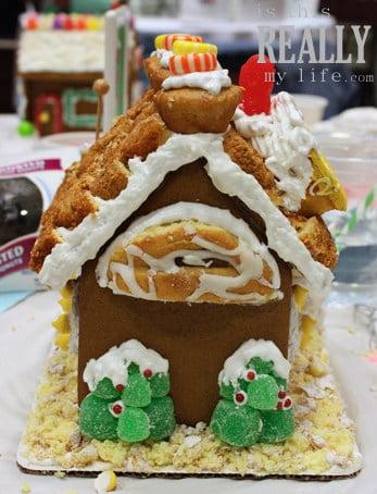 Hostess cupcake gingerbread house (back)