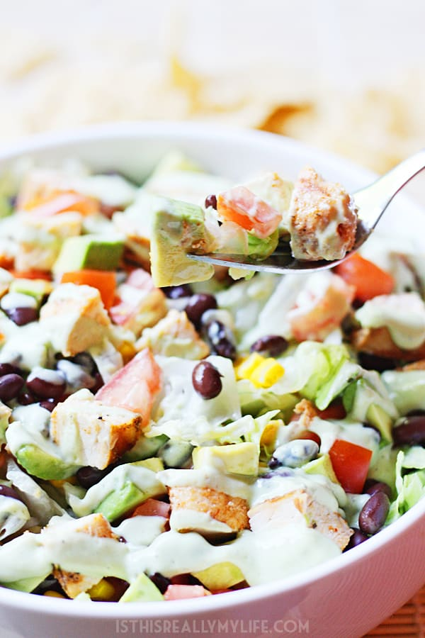 Tequila Lime Chopped Chicken Salad - This tequila lime chopped chicken salad is perfect for southwest salad lovers with its tequila lime-marinated chicken and spicy avocado ranch dressing. | halfscratched.com