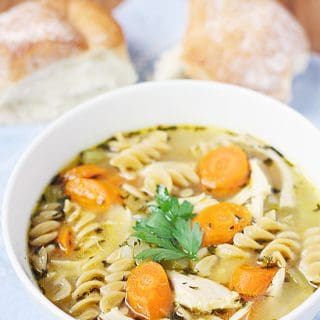 SUPER EASY Homemade Chicken Noodle Soup -- This super easy homemade chicken noodle soup full of roast chicken flavor is one of the easiest homemade chicken noodle soup recipes you can make!