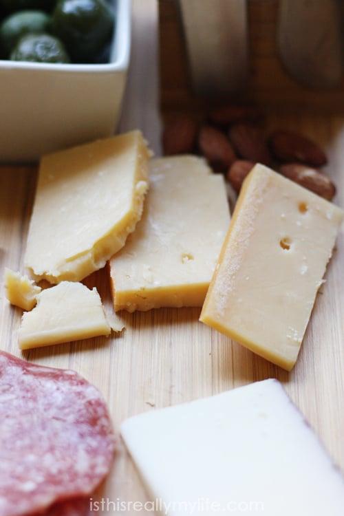 Holiday cheese platter - Uniekaas Robusto cheese
