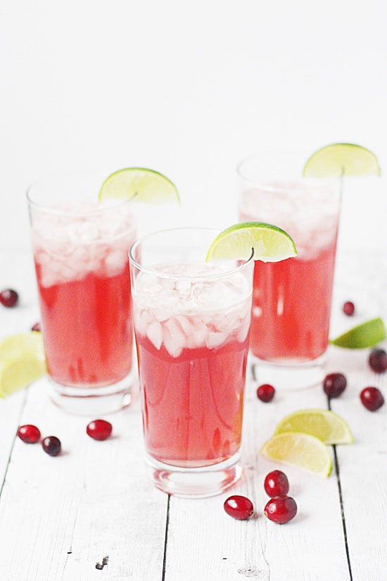 Very Berry Mocktail Recipe -- This non-alcoholic cocktail is full of berry flavor thanks to cranberry juice, pink lemonade and Dasani sparkling water in Berry flavor. Great for kids of all ages! | halfscratched.com #SparklingHolidays #ad #mocktail #berry #cocktail #holidayrecipe #holidays #mocktailrecipe #dasani #halfscratched