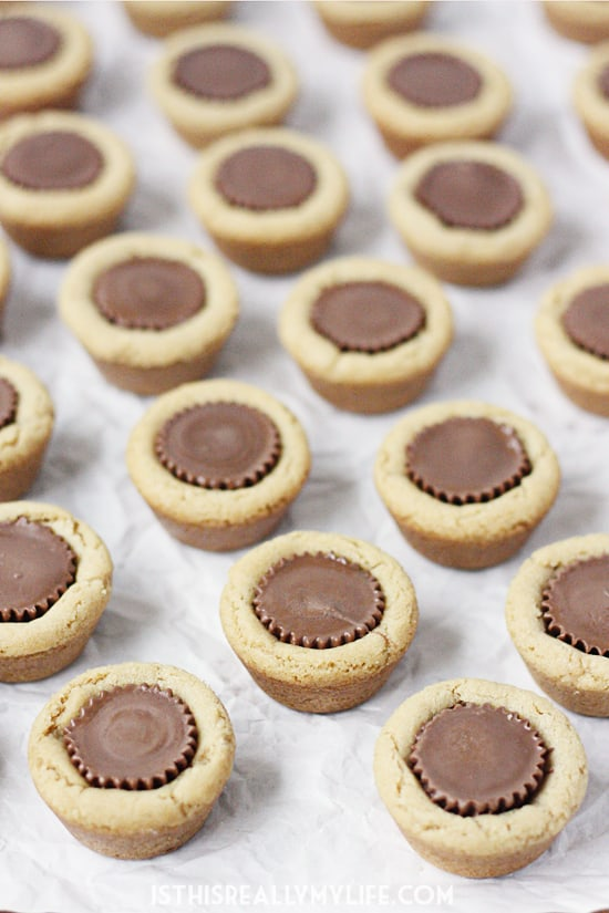 Chewy Peanut Butter Cup Cookies -- These chewy peanut butter cup cookies are a classic and always a hit at cookie exchanges. They're also perfect for those holiday cookie plates!
