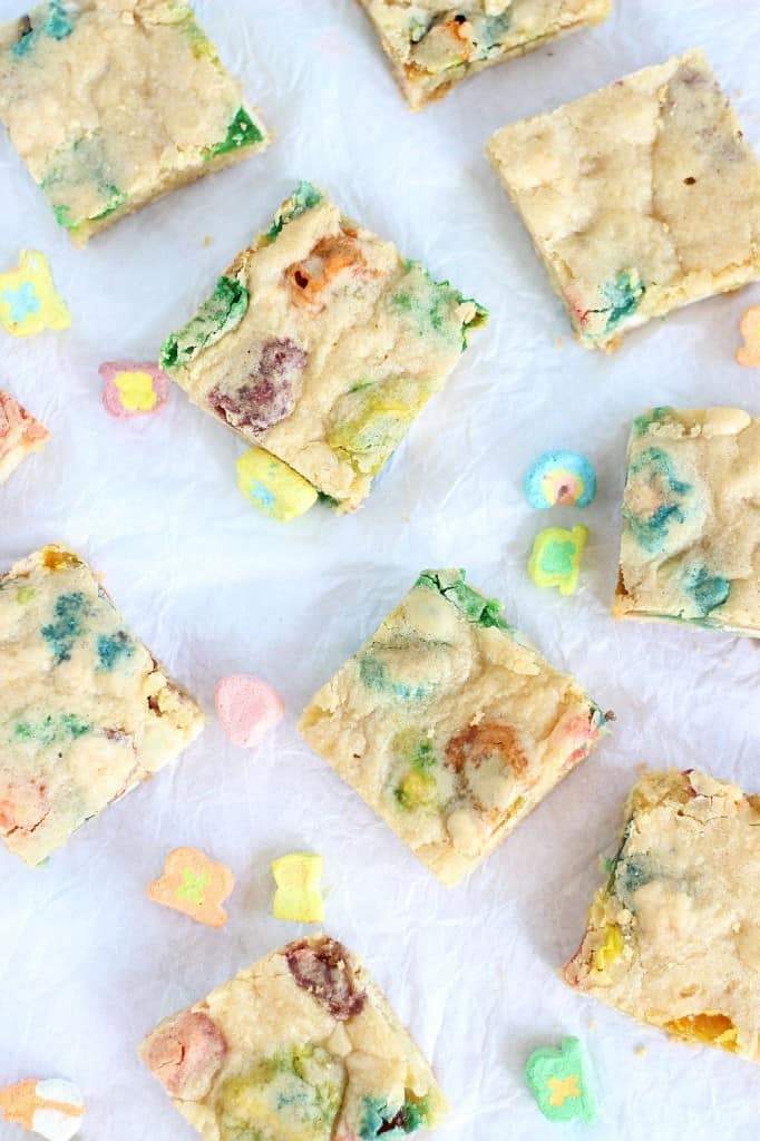 White chocolate Lucky Charms blondies
