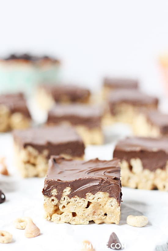 Scotcharoos Cheerios Bars -- Scotcharoos Cheerios bars are an easier, healthier alternative to classic scotcharoos. I guarantee your taste buds will be pleasantly surprised! | halfscratched.com