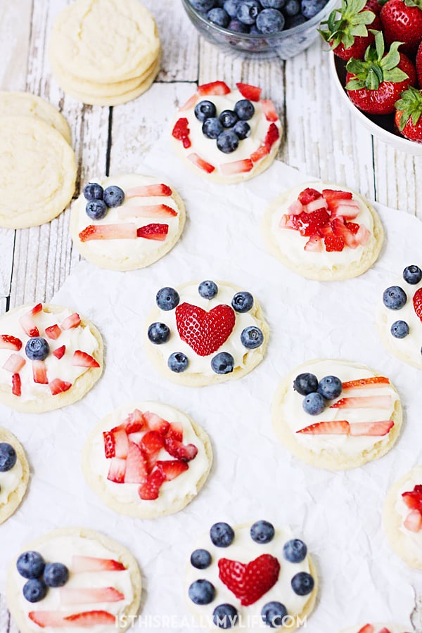 Mini Fruit Pizzas Recipe
