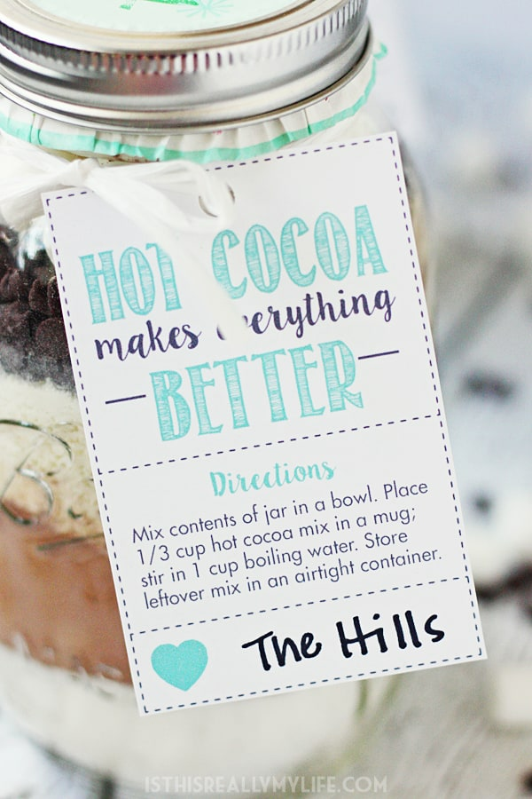 Hot Chocolate Mix in a Jar + FREE Printable Hot Cocoa Gift Tag -- Hot chocolate mix in a jar makes for the perfect holiday gift for friends and neighbors. Don't forget the cute printable gift tag! | halfscratched.com