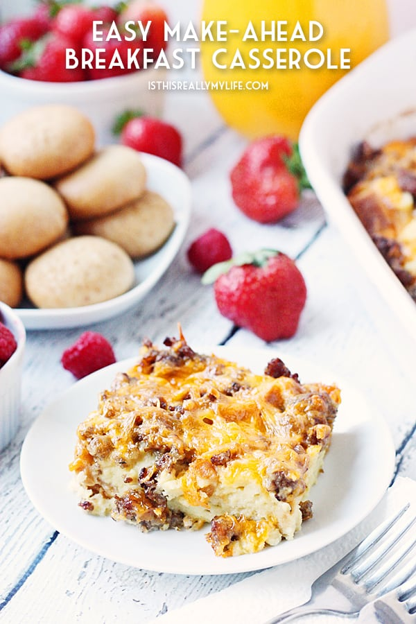 Make-Ahead Breakfast Casserole - Pair this easy make-ahead breakfast casserole with some tasty sides like fresh fruit and bite-size pumpkin bagels for the perfect holiday brunch! | halfscratched.com