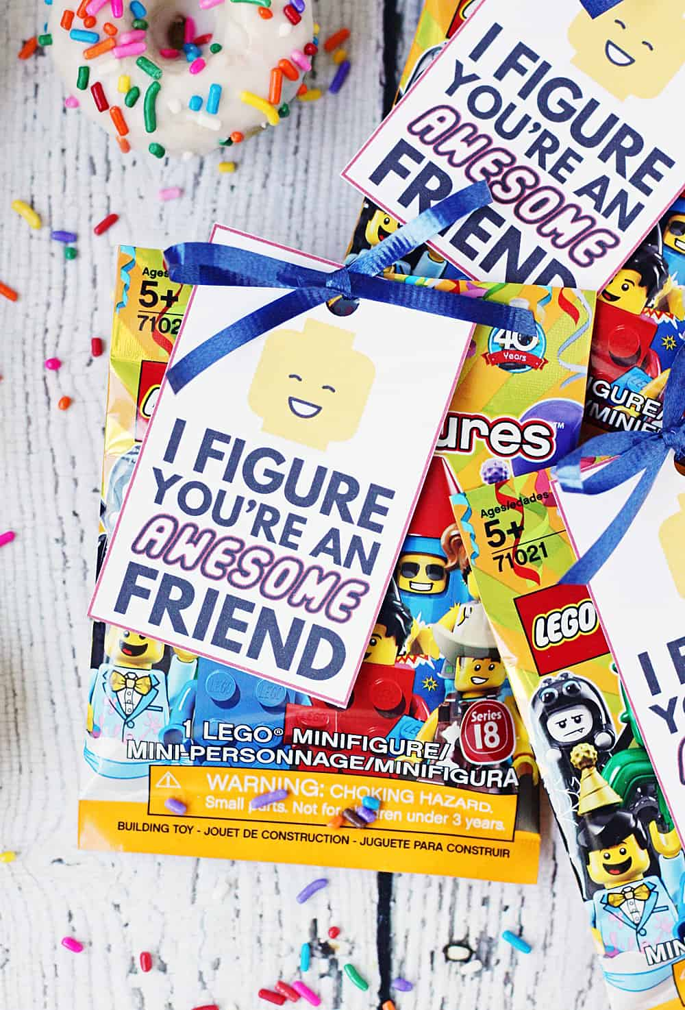 FREE Printable LEGO Gift Tag -- Having a LEGO party? Attach this free printable LEGO gift tag to one of the new collectible LEGO minifigures or any LEGO minifig for the perfect party guest thank-you! #lego #minifig #minifigure #legoparty #birthday #gifttag #giftidea #printable #freeprintable #legoprintable #legobirthday