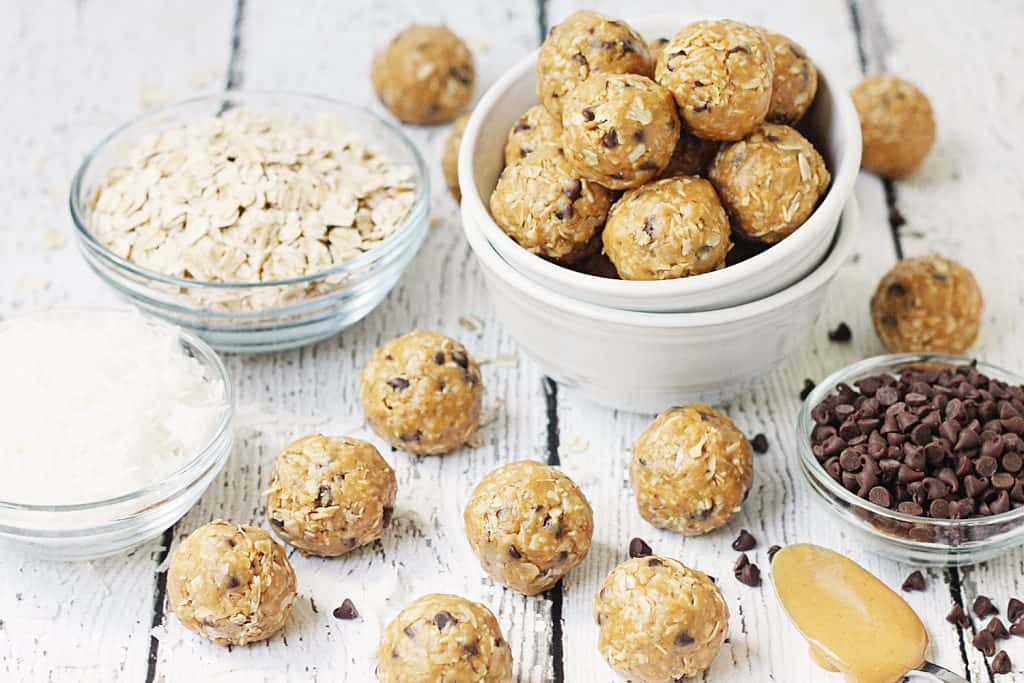 Double Peanut Butter Protein Balls -- Double peanut butter protein balls are full of flavor but not full of sugar or carbs. Make them up to a week ahead for a quick, healthy, on-the-go snack!